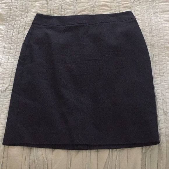 Banana Republic Dresses & Skirts - NWOT pencil skirt